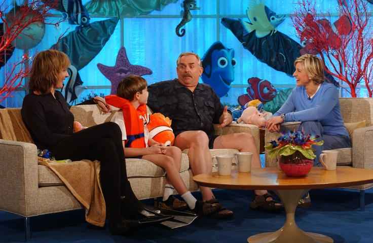 "Ellen reunites with the cast of ""Finding Nemo"" on her show."