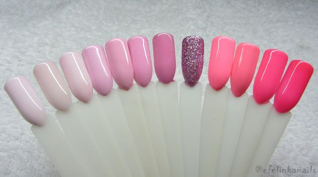 Od lewej do prawej: - Semilac - 128 - Pink Marshmallow - Semilac - 002 - Delicate French - Madam Glam - 066- Baby Pink - Semilac - 056 - Pink Smile - Neonail - 4627 - Pink Pudding - Semilac - 003 - Sweet Pink - Kodi - 28 - Semilac - 109 - Miss of the World - Semilac - 131 - Lovely Mickey - Neonail - 4813 - Madame Butterfly - Semilac - 042 - Neon Raspberry - Semilac - 043 - Electric Pink