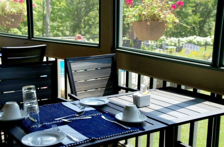 Enjoy a lunch on our covered outdoor terrace with a panoramic view on the lake!