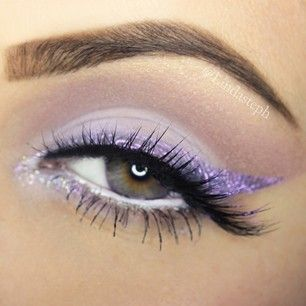 Light Purple (lavender) Glitter #Eyeliner + soft mauve crease definition | #pastel eye #Makeup @lindasteph
