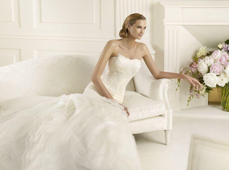 Duende - Pronovias - Esküvői ruhák - Ananász Szalon - esküvői, menyasszonyi és alkalmi ruhaszalon Budapesten