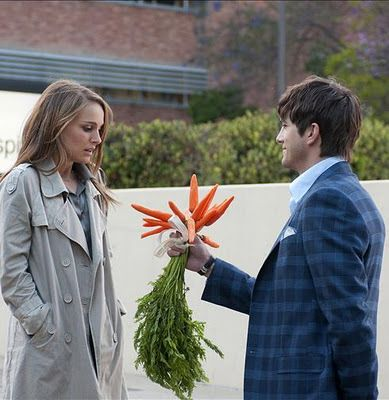 natalie portman. ashton kutcher. no strings attached. you said no flowers <3