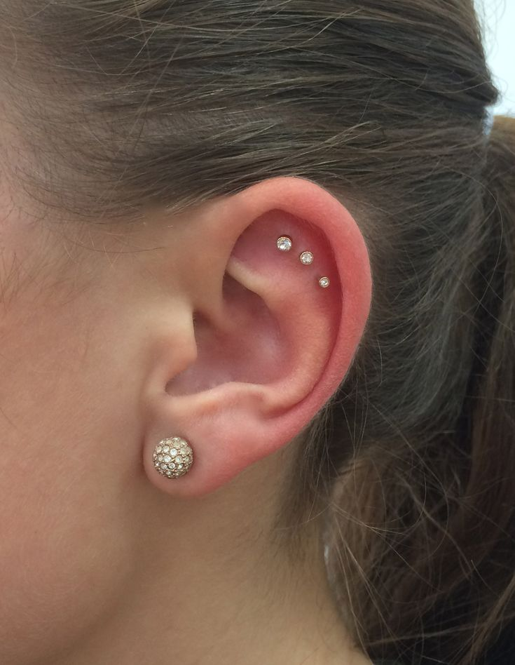 Triple Piercing outer Conch