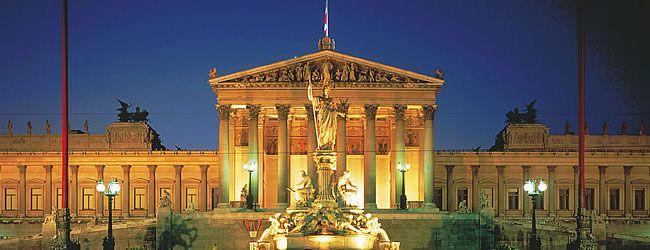 Société autrichienne - L'Autriche est une République fédérale, un régime démocratique ainsi qu'un membre de l'Union européenne. Parlement de Vienne