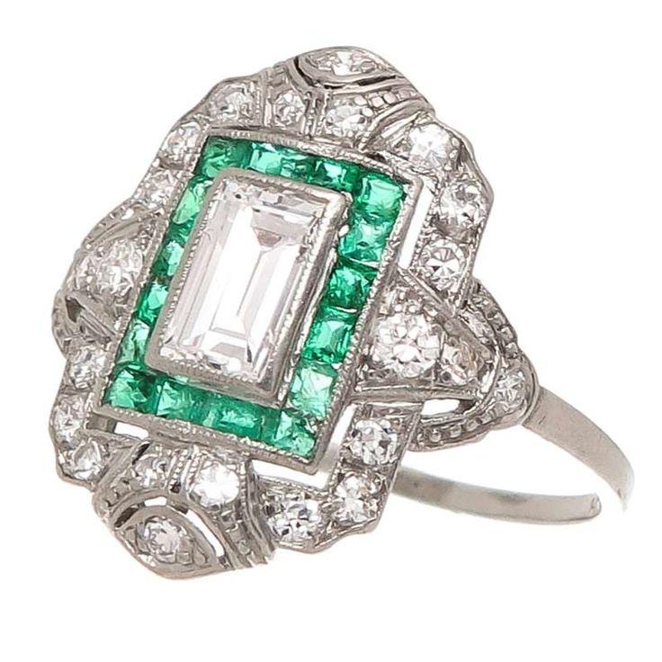 Antique Diamond Platinum Engagement Ring For Sale