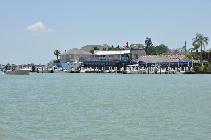 A review of the best of the kid-friendly Marco Island Restaurants that we ate at during our recent family vacation.
