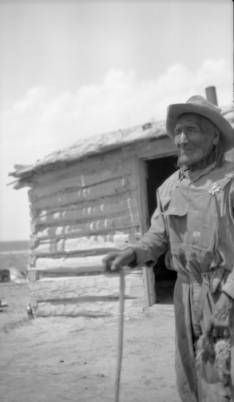 Scabbard Knife, elderly Native American Sioux man who fought in the Little Bighorn - 1936