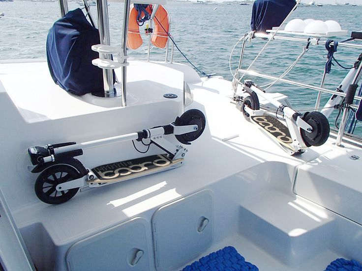 Pour les voiliers et les propriétaires de bateau, Littleboard est l'accessoire facile à transporter.