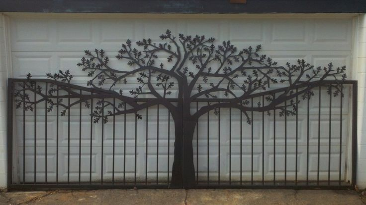 Driveway & Entry Gates | Handcrafted Metal Art Tree Themed Silhouettes