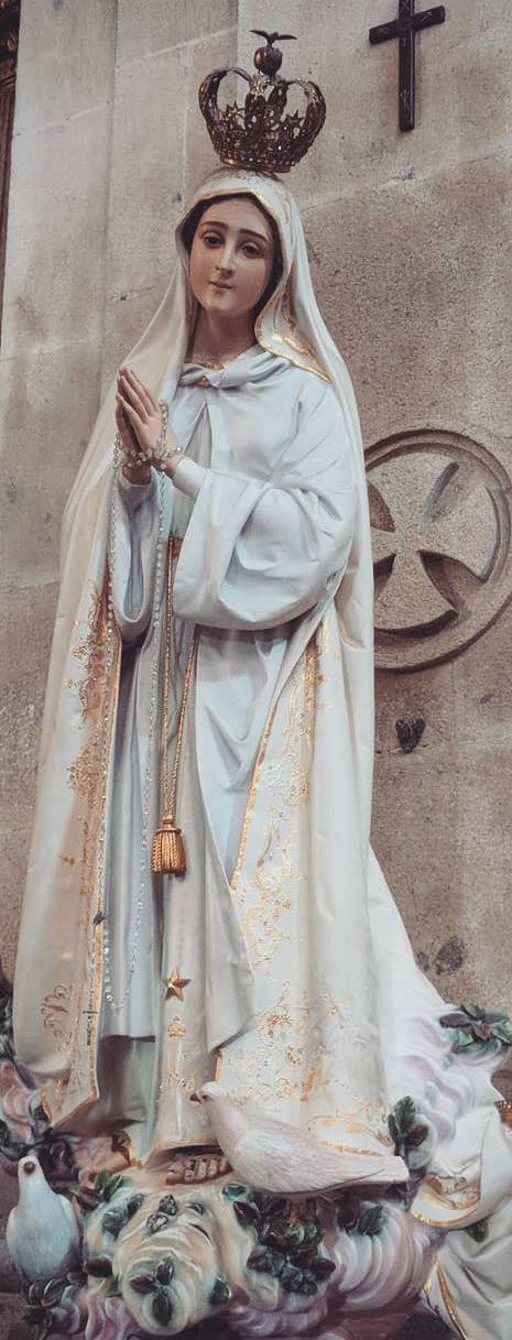 María es nuestra esperanza como intercesora y medianera