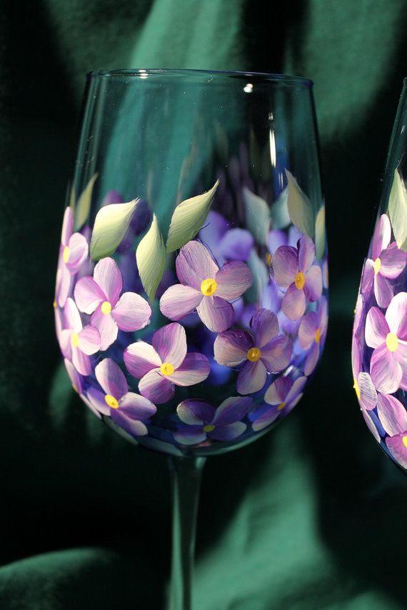 Hand Painted Wine Glasses Violets por SilkEleganceFlorals en Etsy