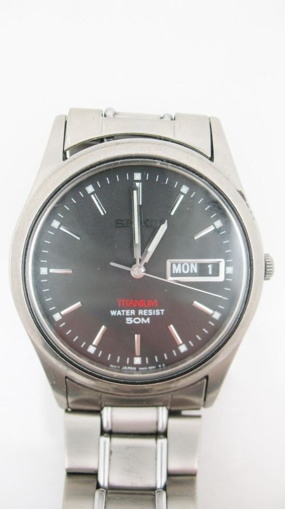 VTG SEIKO TITANIUM Watch 7N43 9050 Analog Day Date Stainless Back Mens Watch #Seiko #Casual