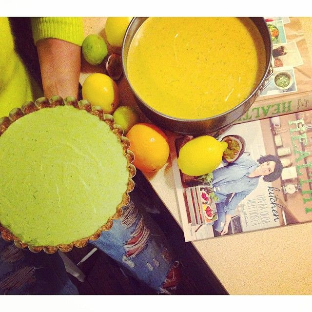 Sara La Fountain @saralafountain Raw cakes!!