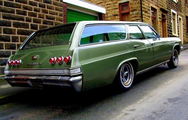 LOVE these!   '65 Chevrolet Impala Station Wagon