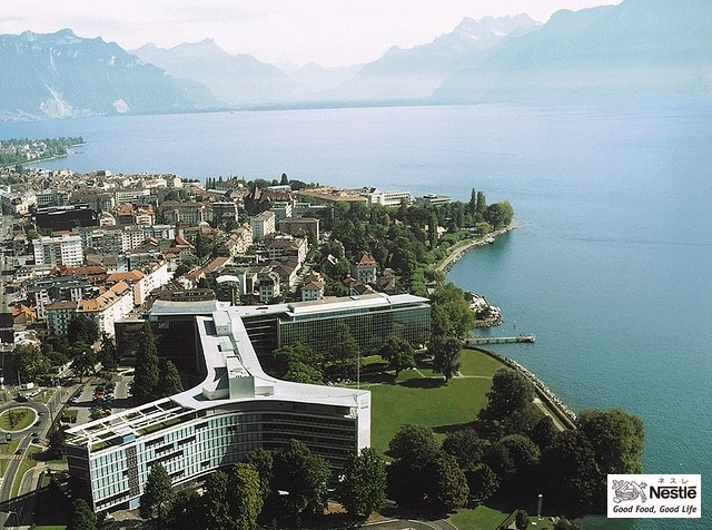 ネスレ、スイス本社とレマン湖の上空からの写真(Part2)です。