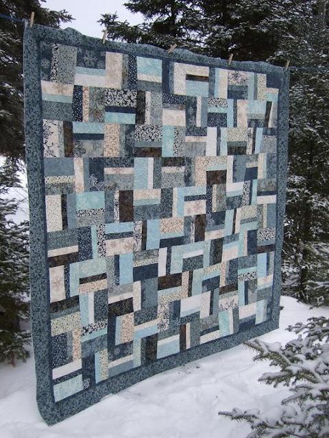 Let it snow batik quilt