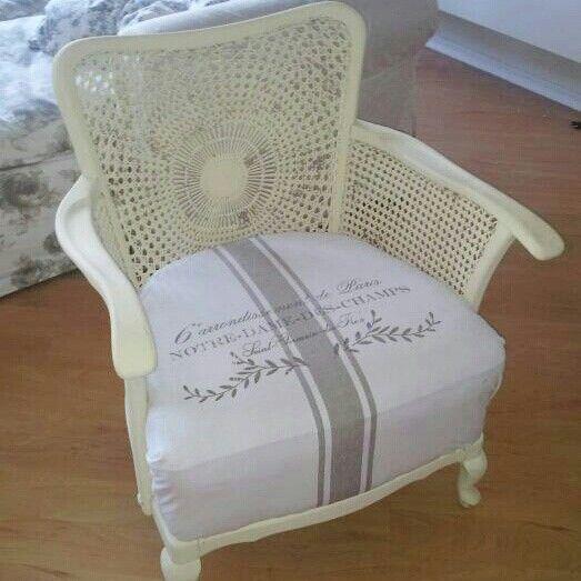 Shabby chic vintage chair grain sack annie sloan chalk paint cream chippendale