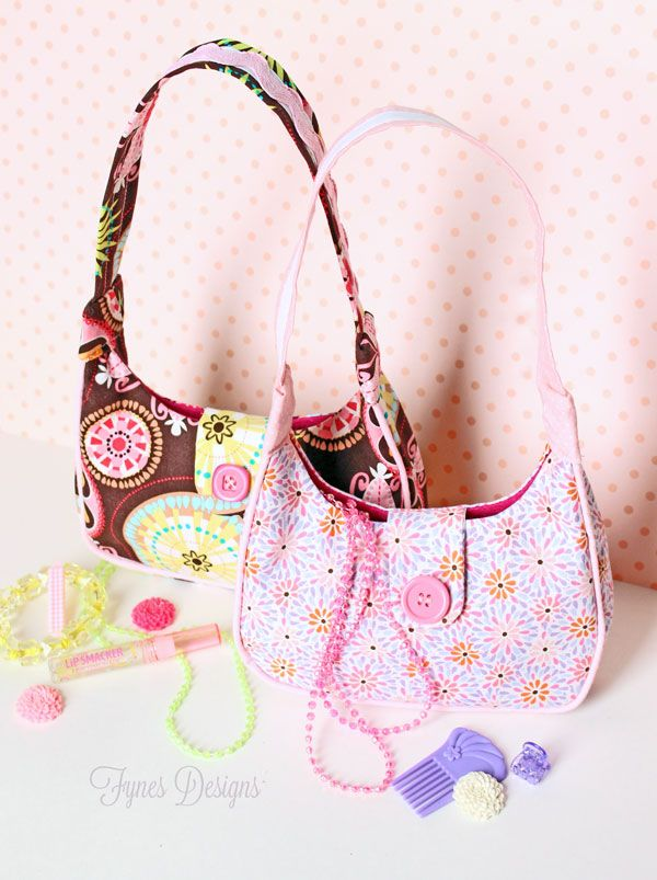 Free Sewing Pattern- Girl's Purse - FYNES DESIGNS. Scroll down to links for free pattern and instructions