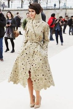 Miroslava Duma: Η Προσωποποίηση Του Fashion Icon  http://championsland.blogspot.com/2014/02/miroslava-duma-fashion-icon.html