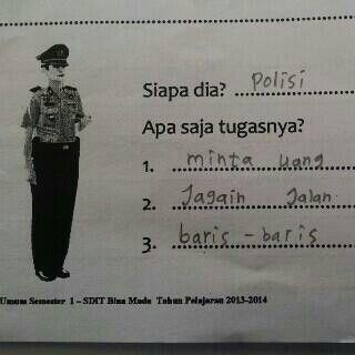 Ini MIRIS tapi nyata. Jawaban polos seorang anak Indonesia. Pak Polisi, kaya gini loh anda di mata anak SD.