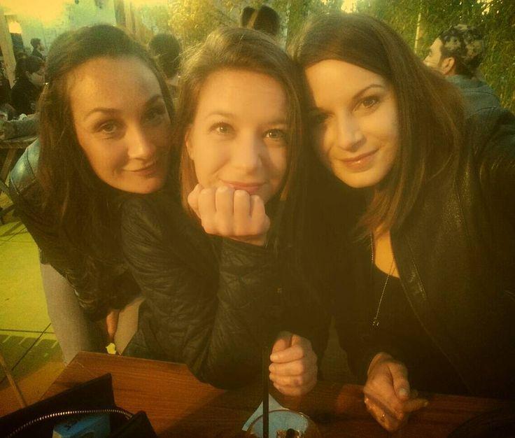 Belle che siete sorelle Venuti   #igersrimini #igersitalia #rimini #lungomare #aperitivo by sara_alice_ceccarelli