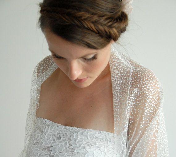 Mariage: un joli boléro plumetis  #boléro #mariage