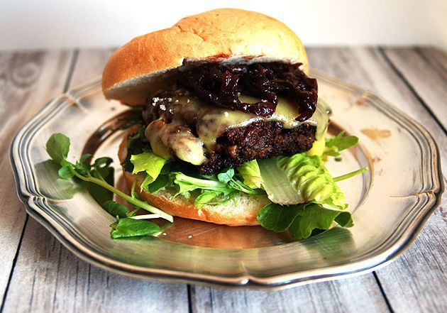Venison Burger with cheese and onion marmelade. Best served with a glass of South African Pinotage!