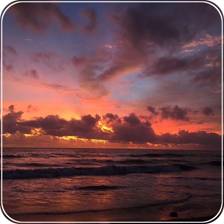 Рубрика: #Советы_vladwhite Место фото: о.Бали, Красивый закат на побережье.  Знаете ли вы хотя бы одного успешного и счастливого человека, который слишком долго спит по утрам? Если такие и есть, то их очень мало. Чем раньше встаёшь, тем больше дел успеваешь сделать за день и чувствуешь себя энергичнее.  Многие хотели бы научиться рано вставать, так как это очень полезная привычка. Давайте рассмотрим 7 шагов для воспитания в себе этого нужного и полезного навыка.  1) Придумайте себе вескую…