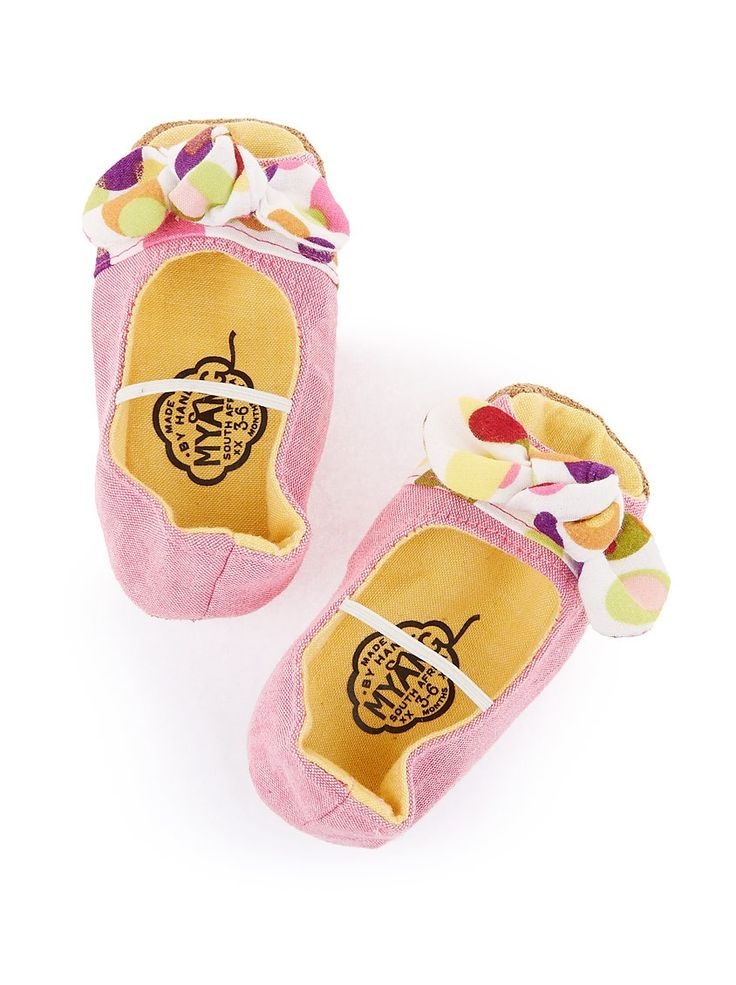Peep-toe baby shoes with bow