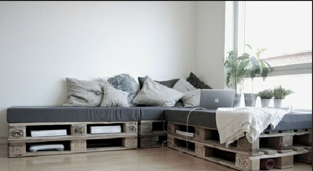 Divan palette d co pinterest discover more ideas about pallets - Divan exterieur palette ...