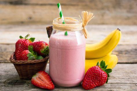Recette de smoothie déjeuner aux fruits.