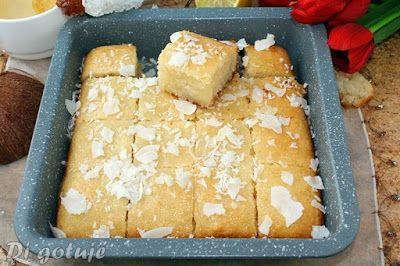 Di gotuje: Namoura - arabskie ciasto z kaszy manny i wiórek kokosowych (bez jajek i mąki)