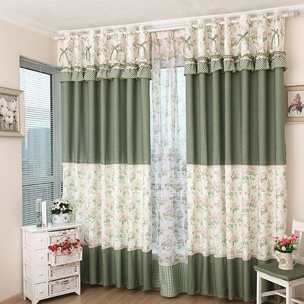 rivestimenti finestra tende di motivi floreali e pois stampati con merletto