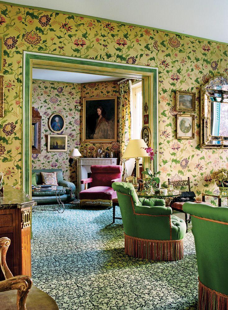 Napoleon III decor with Madeleine Castaing carpet + Prelle fabric walls  - Joy de Rohan Chabot in Paris