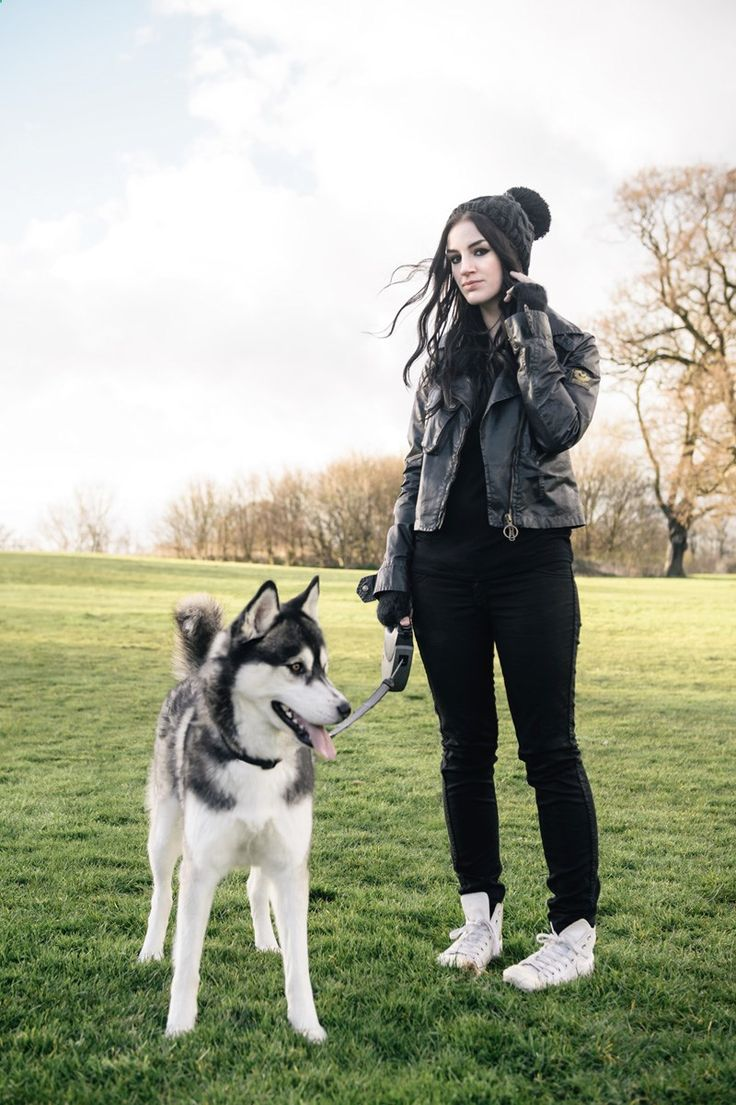 Fashion blogger Stephanie of FAIIINT wearing Belstaff waxed sammy miller jacket, Meltin Pot jeans, white leather Converse high tops, Knitted beanie to walk Nico the Siberian Husky dog.