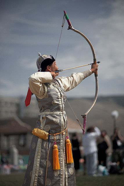 090213_ulaan_bataar_mongolia_nadaam_festival_archer_archress_competition_female_contestant_travel_photography_IMH_0119
