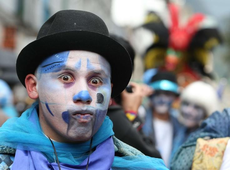 Azul, azul. Ese es el color para el Festival de Teatro en 2012. Foto: Luis Lizarazo / EL TIEMPO