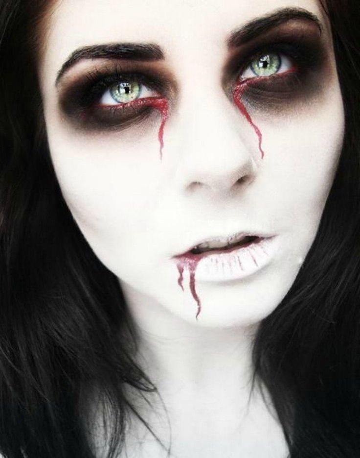 maquillage Halloween pour le visage pour femme inspiré par Resident Evil                                                                                                                                                                                 Plus