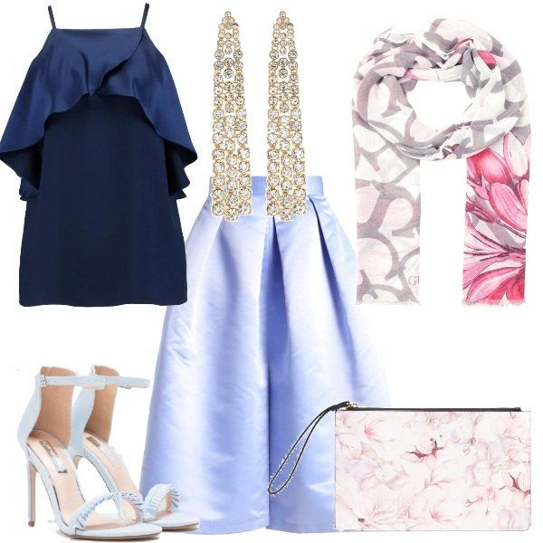 Outfit adatto ad una cerimonia sia in chiesa che non, composto da gonna a campana, top blu, sciarpa floreale da utilizzare come stola. Sandalo azzurro con tacco alto, pochette a fiori e orecchini pendenti con cristalli.