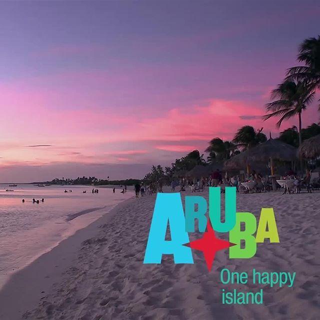 Temos o cenário perfeito para os casais esquecerem todos os problemas e viverem suas paixões ao máximo, em aventuras pelas maravilhas naturais da ilha, encontrando locais escondidos ou mergulhando em praias intimistas. Venha passar o seu melhor fim de ano em Aruba :D #FelizEmAruba #OneHappyIsland