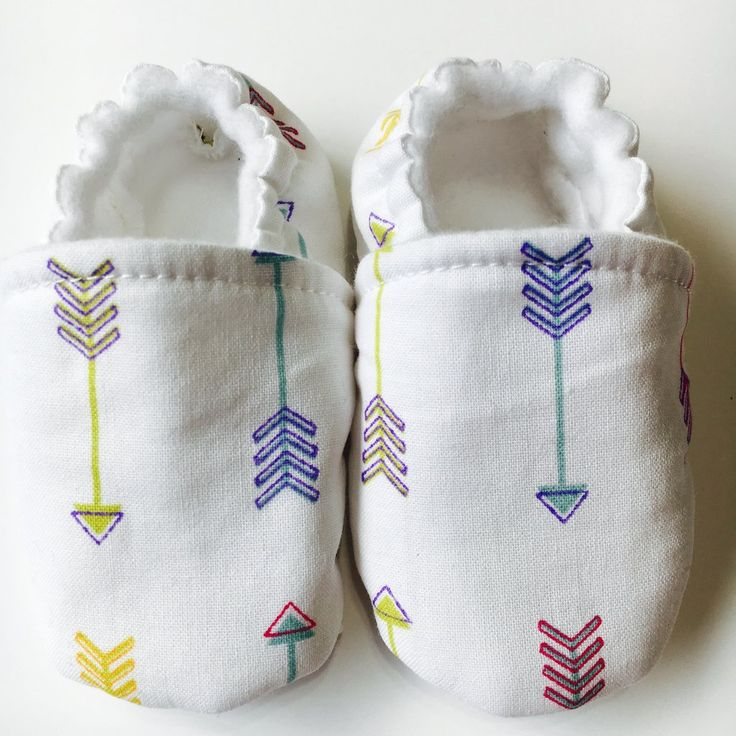 Colorful arrows pointing up and down on the white 100% cotton background. This is our most colorful baby shoes in the new 2017 Spring Collection. These cute arr