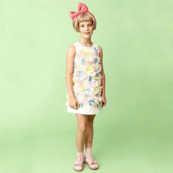 Mi Mi Sol Spring Summer 2014, white dress with flowers. #flowers #mimisol #springsummer2014 #SS14 #children #kids #childrenwear #kidswear #girls