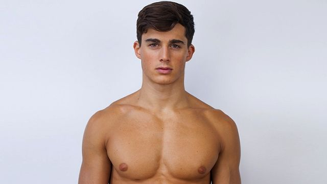 Student Discovered His Math Teacher Is Also the Hottest Male Model in the World