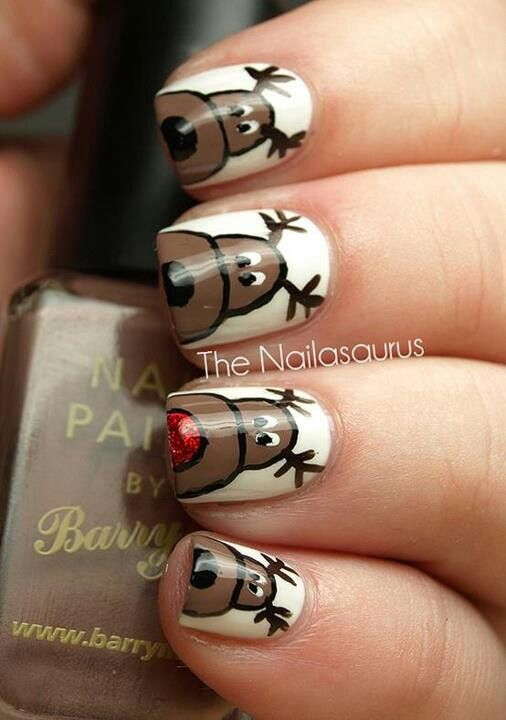 Decorate your finger nails too.  Would be cute to do the 8 reindeer and Santa & Rudolf on the thumbs.