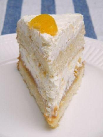 Torta de Duranzno, Crema Chantilly y Dulce de Leche - Argentina