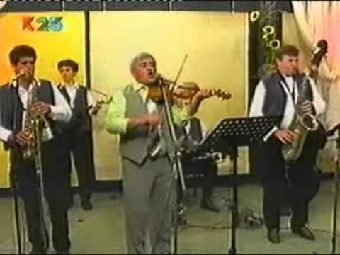 Barna zenekar - Faluvégén van egy ház - YouTube