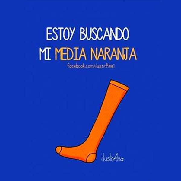 "Spanish word play on the traditional Spanish phrase ""media naranja"" in a visual joke. #Spanish jokes for kids #chistes para niños #Jokes in Spanish for kids"