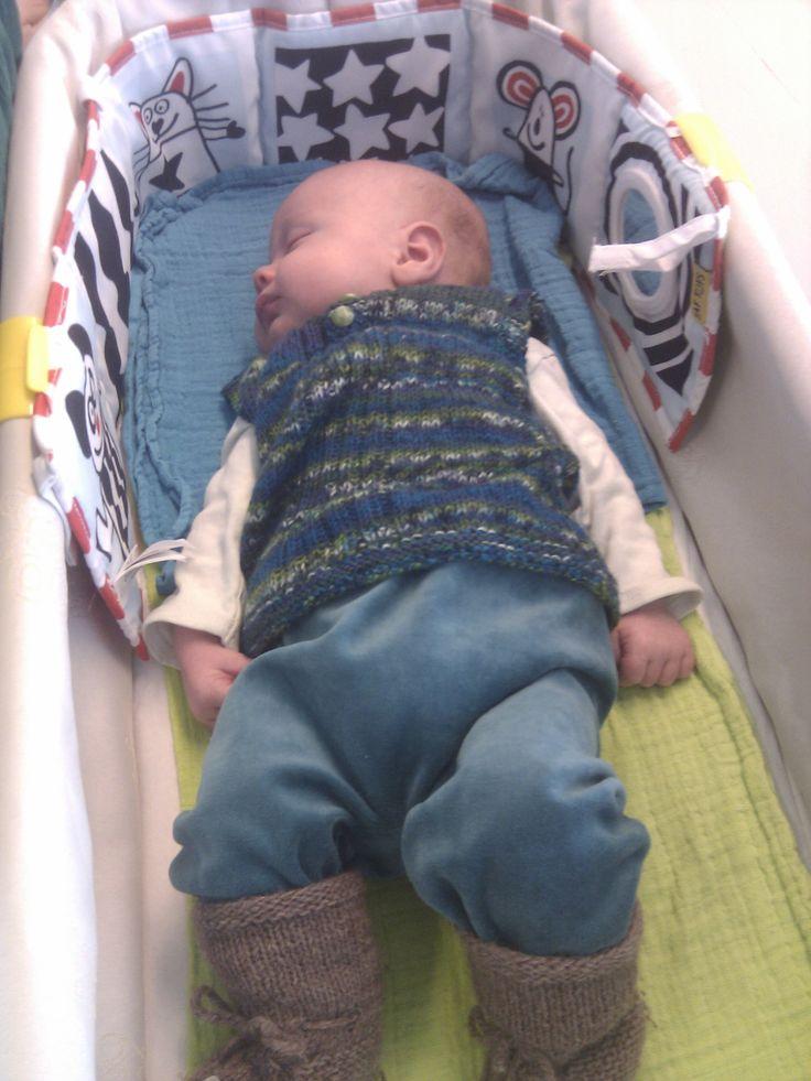 2013: En baby Arthur i hjemmestrik og syning