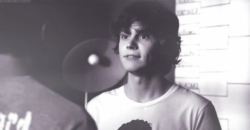 evan peters tumblr | evan peters gifs | Tumblr