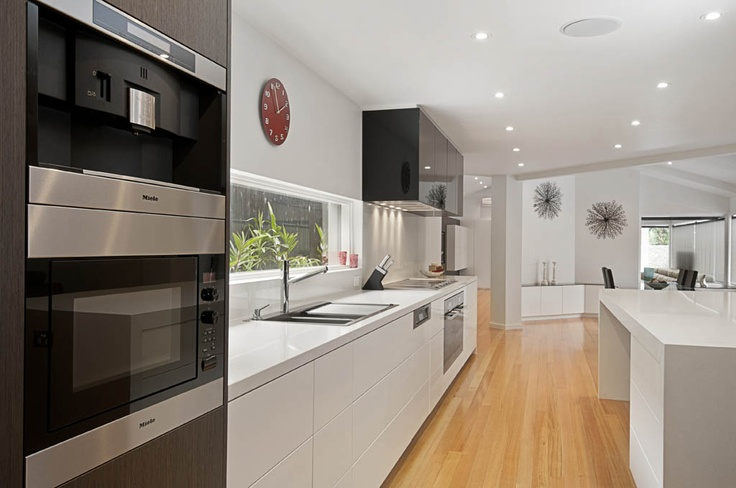 Orana Designer Kitchens Snow